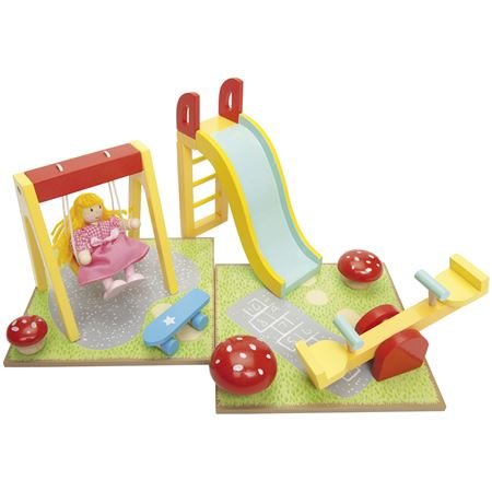 Picture of Dolls Outdoor Playset (Le Toy Van ME076)